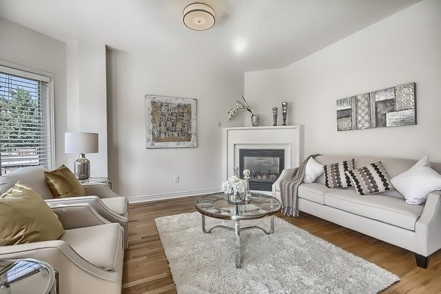 Detached at 102 Timna Cres, Vaughan, Ontario. Image 19