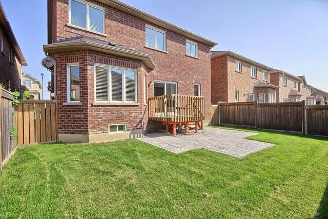 Detached at 102 Timna Cres, Vaughan, Ontario. Image 11
