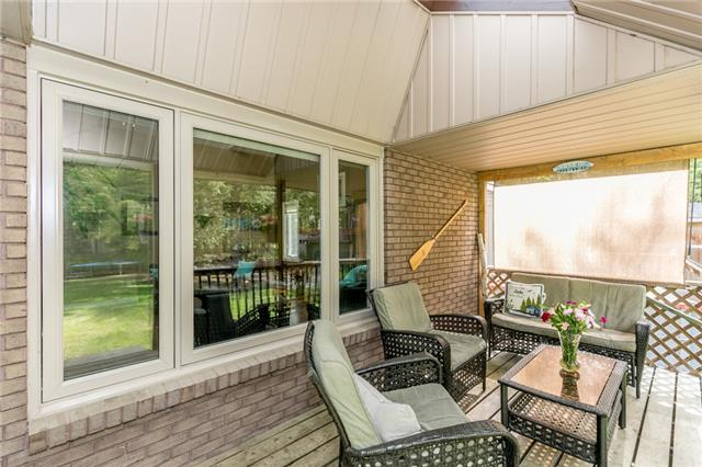 Detached at 664 Pinegrove Ave, Innisfil, Ontario. Image 11
