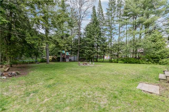 Detached at 664 Pinegrove Ave, Innisfil, Ontario. Image 5