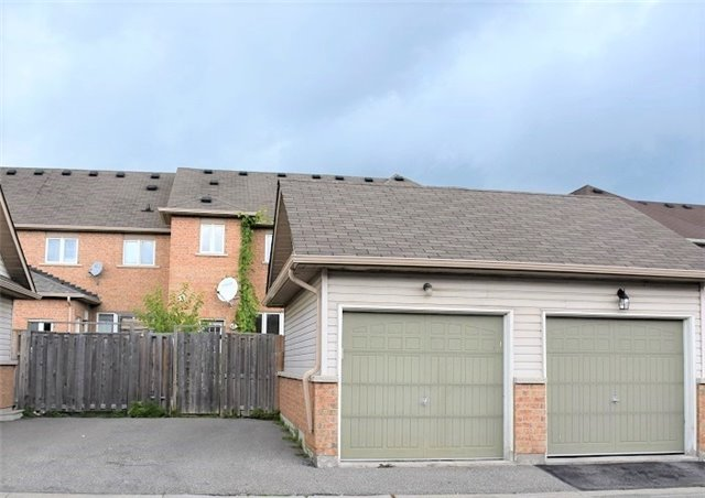 Townhouse at 20 Harry Blaylock Dr, Markham, Ontario. Image 7