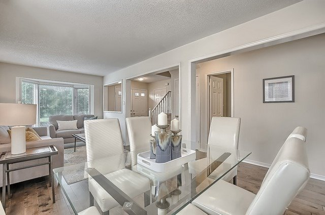 Detached at 11 Kingsgate Cres, East Gwillimbury, Ontario. Image 12