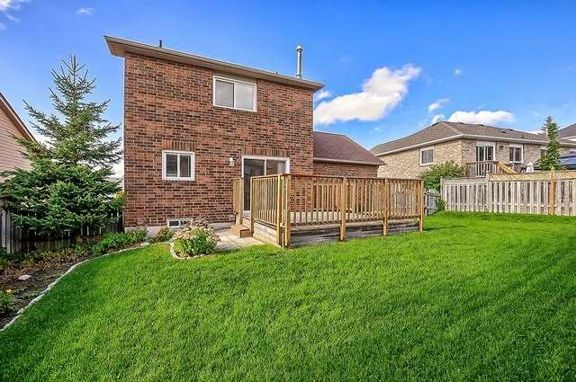 Detached at 11 Kingsgate Cres, East Gwillimbury, Ontario. Image 7