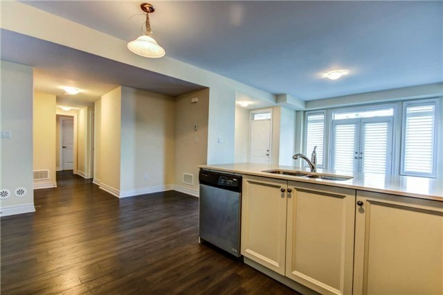 Condo Townhouse at 9621 Jane St, Unit 1, Vaughan, Ontario. Image 7