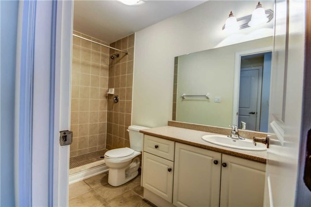 Condo Townhouse at 9621 Jane St, Unit 1, Vaughan, Ontario. Image 10