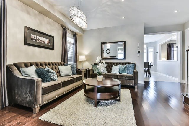 Detached at 151 Glad Park Ave, Whitchurch-Stouffville, Ontario. Image 14