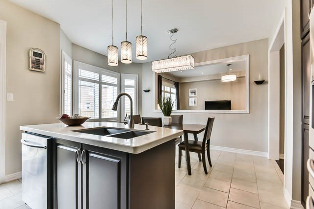 Detached at 151 Glad Park Ave, Whitchurch-Stouffville, Ontario. Image 18