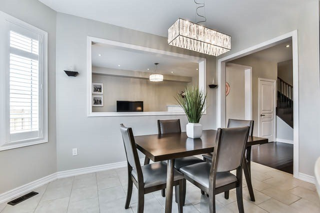 Detached at 151 Glad Park Ave, Whitchurch-Stouffville, Ontario. Image 19