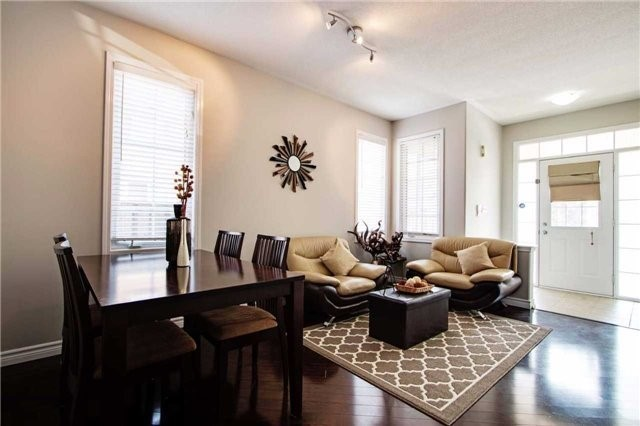 Detached at 14 Merdock Crt, Whitchurch-Stouffville, Ontario. Image 12