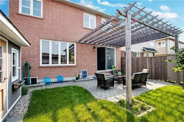 Detached at 14 Merdock Crt, Whitchurch-Stouffville, Ontario. Image 8