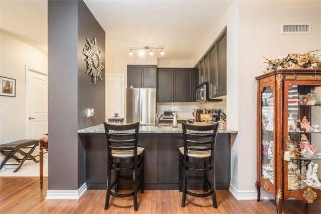 Condo Apartment at 9245 Jane St, Unit 905, Vaughan, Ontario. Image 14
