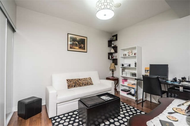 Condo Apartment at 9245 Jane St, Unit 905, Vaughan, Ontario. Image 3