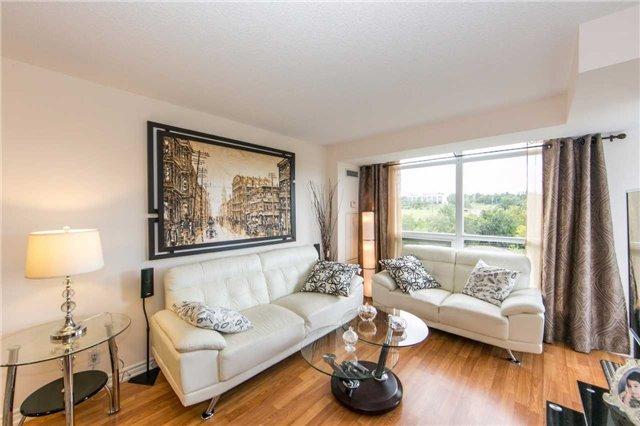 Condo Apartment at 18 Harding Blvd, Unit 506, Richmond Hill, Ontario. Image 15