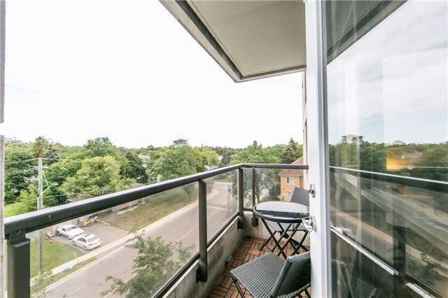 Condo Apartment at 18 Harding Blvd, Unit 506, Richmond Hill, Ontario. Image 10
