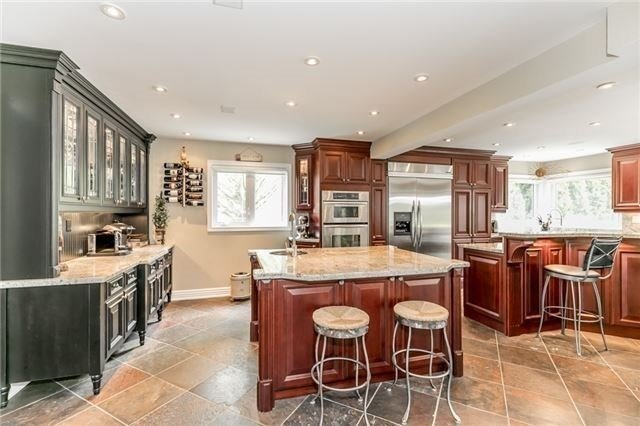 Detached at 84 Carlyle Cres, Aurora, Ontario. Image 18