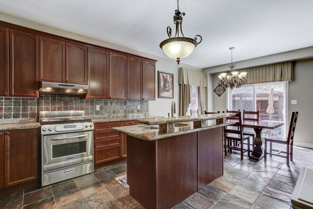 Detached at 6 Lexi St, Richmond Hill, Ontario. Image 16