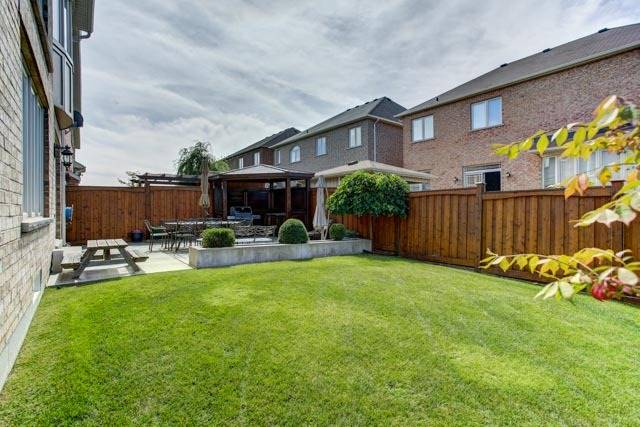 Detached at 6 Lexi St, Richmond Hill, Ontario. Image 11
