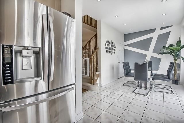 Townhouse at 115 Kirkvalley Cres, Aurora, Ontario. Image 19