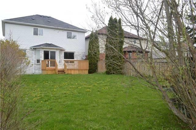 Detached at 1103 Corrie St, Innisfil, Ontario. Image 7