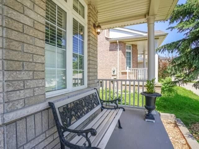 Detached at 69 Post Oak Dr, Richmond Hill, Ontario. Image 11