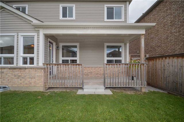 Detached at 47 Mooney St, Bradford West Gwillimbury, Ontario. Image 10