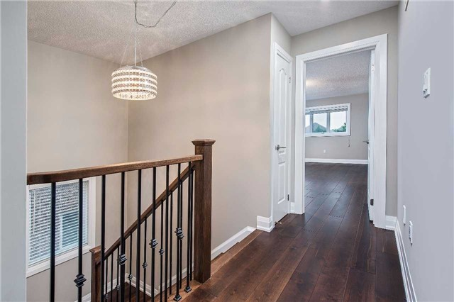 Detached at 62 Marco Sgotto Ave, Vaughan, Ontario. Image 2