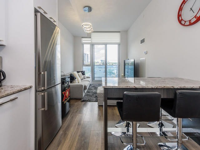 Condo Apartment at 9471 Yonge St, Unit 309, Richmond Hill, Ontario. Image 17
