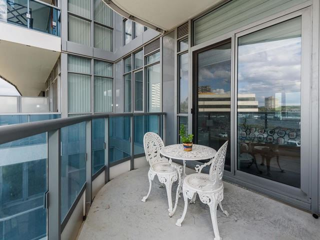 Condo Apartment at 9471 Yonge St, Unit 309, Richmond Hill, Ontario. Image 2