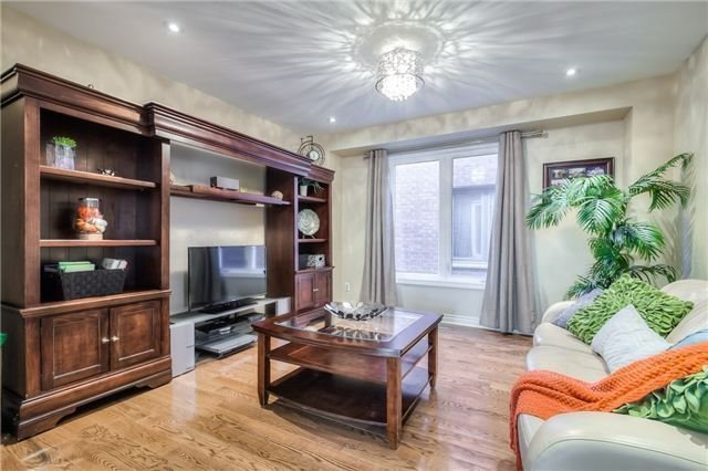 Detached at 115 Governor Cres, Vaughan, Ontario. Image 17