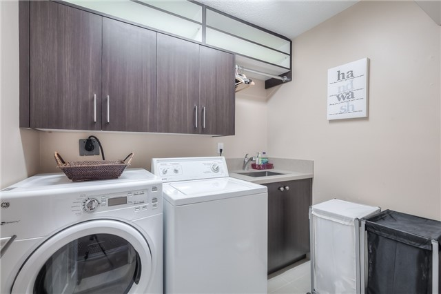 Detached at 115 Governor Cres, Vaughan, Ontario. Image 10