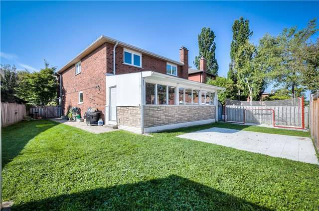 Detached at 115 Governor Cres, Vaughan, Ontario. Image 11