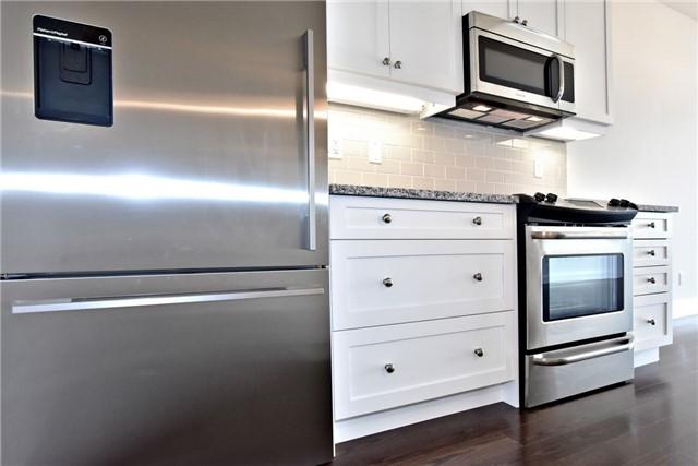 Condo Apartment at 15277 Yonge St, Unit 602B, Aurora, Ontario. Image 15