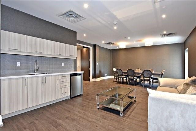 Condo Apartment at 15277 Yonge St, Unit 602B, Aurora, Ontario. Image 10