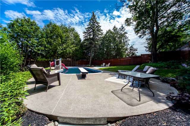 Detached at 95 Norman Dr, King, Ontario. Image 11