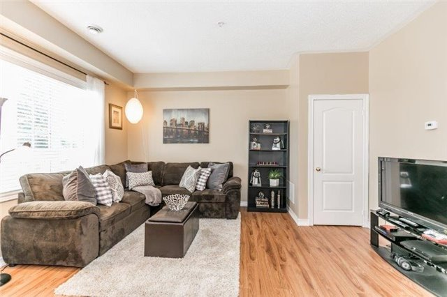 Condo With Common Elements at 112 Simcoe Rd, Unit # 101, Bradford West Gwillimbury, Ontario. Image 6