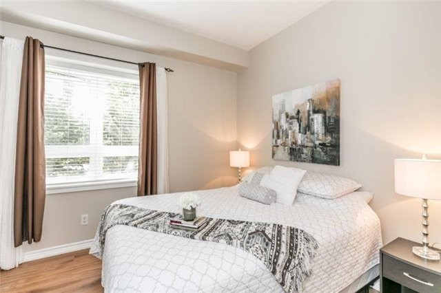 Condo With Common Elements at 112 Simcoe Rd, Unit # 101, Bradford West Gwillimbury, Ontario. Image 8