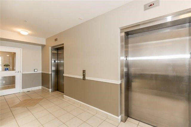 Condo With Common Elements at 112 Simcoe Rd, Unit # 101, Bradford West Gwillimbury, Ontario. Image 11