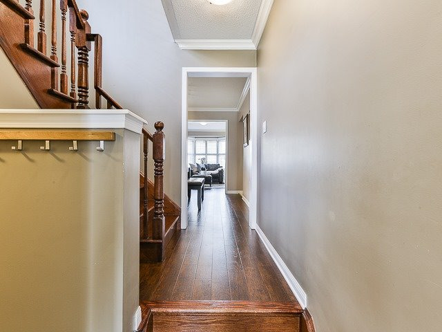 Semi-detached at 186 Dougherty Cres, Whitchurch-Stouffville, Ontario. Image 14