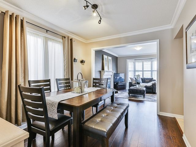 Semi-detached at 186 Dougherty Cres, Whitchurch-Stouffville, Ontario. Image 15