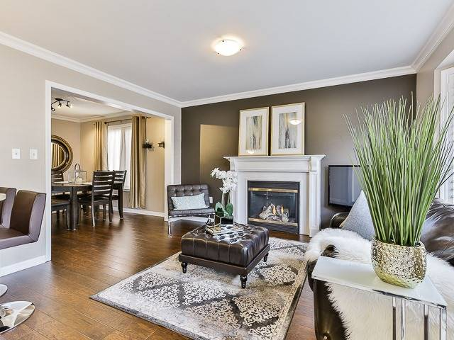 Semi-detached at 186 Dougherty Cres, Whitchurch-Stouffville, Ontario. Image 17