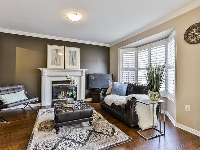 Semi-detached at 186 Dougherty Cres, Whitchurch-Stouffville, Ontario. Image 18