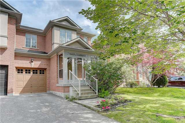Townhouse at 29 Holmwood St, Richmond Hill, Ontario. Image 1