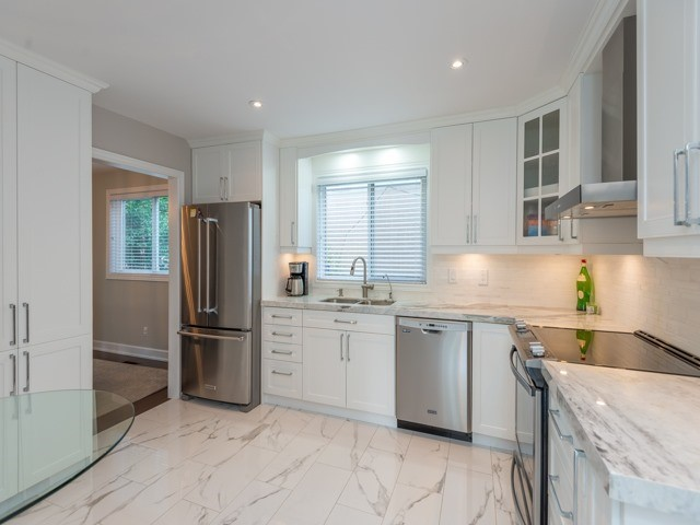 Detached at 533 Rupert Ave, Whitchurch-Stouffville, Ontario. Image 18