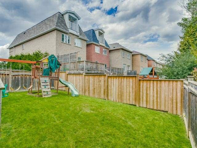 Detached at 162 Ner Israel Dr, Vaughan, Ontario. Image 13