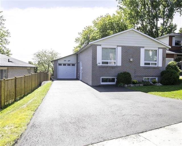 Detached at 58 William Roe Blvd, Newmarket, Ontario. Image 1