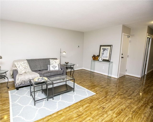Detached at 58 William Roe Blvd, Newmarket, Ontario. Image 19