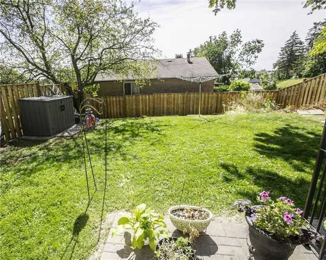 Detached at 58 William Roe Blvd, Newmarket, Ontario. Image 10