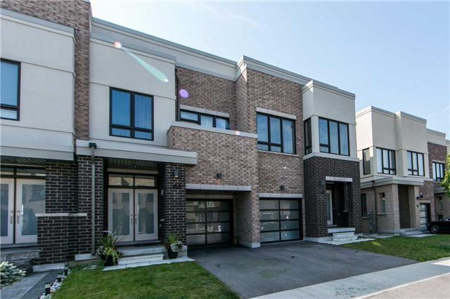 Townhouse at 105 Dariole Dr, Richmond Hill, Ontario. Image 1