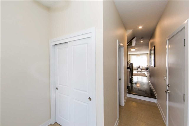 Townhouse at 105 Dariole Dr, Richmond Hill, Ontario. Image 11