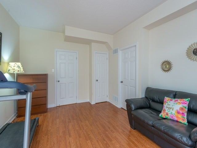Townhouse at 151 Silverwood Ave, Unit Unit 32, Richmond Hill, Ontario. Image 15